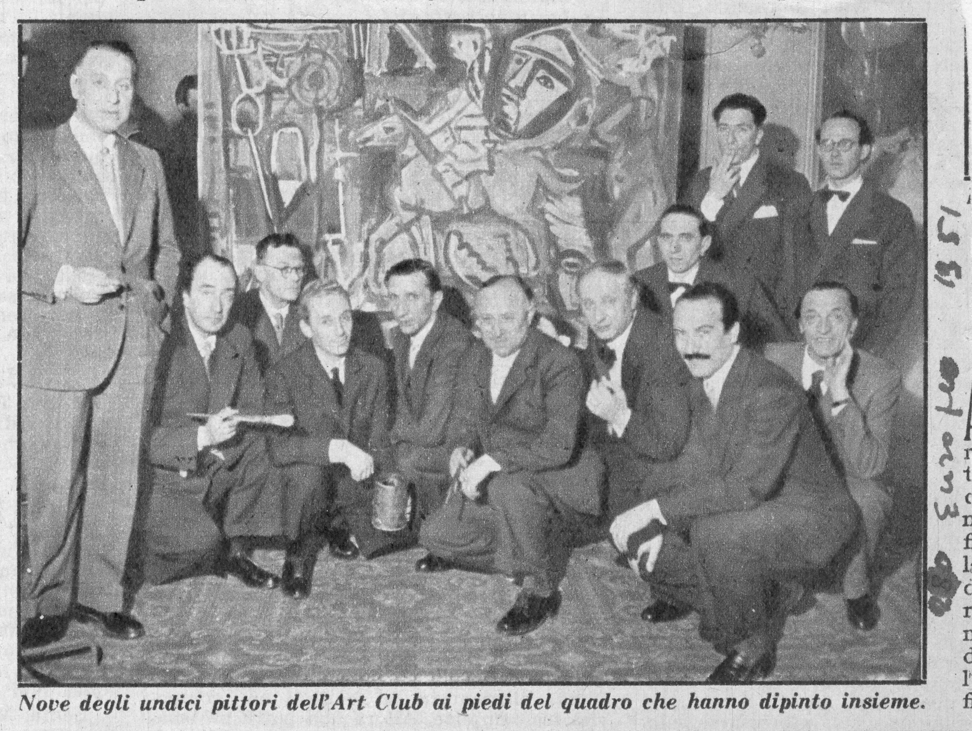 1951 - Tavernari fuma accanto a Raffaele De Grada, seduti Mario Radice e Ennio Morlotti (il secondo e il quarto da sx)