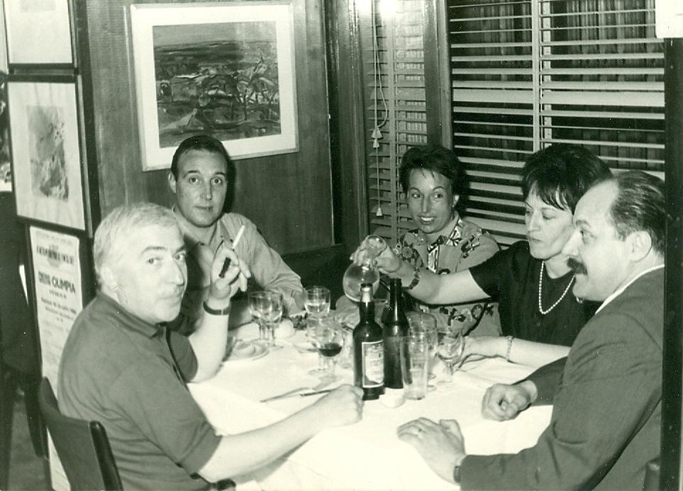 1964 - Vittorio e Piera Tavernari con il gallerista Gino Macconi e i coniugi Caldelari