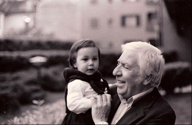 1980 - Tavernari con la nipotina Giuditta