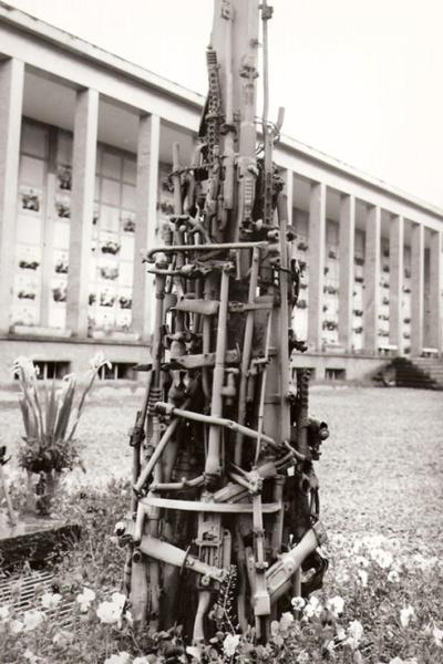 Tomba ai Caduti di tutte le guerre